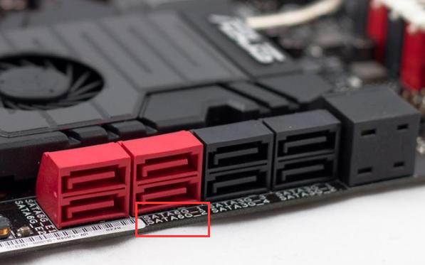 接続端子の隣に「SATA6G」というの文字があります